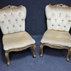 Superb set de 2 scaune stil cu tapiserie din material plusat,sculptura