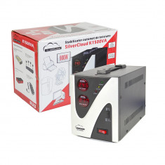 Aproape nou: Stabilizator de tensiune SilverCloud 1500VA 900W - UPS