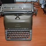 Masina de scris adler vintage
