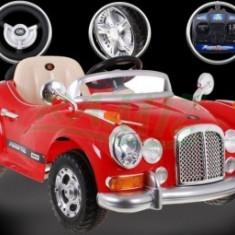 Masina de Epoca cu acumulator - Rosie - Masinuta electrica copii