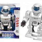 Robot cu baterii - Roboti de jucarie