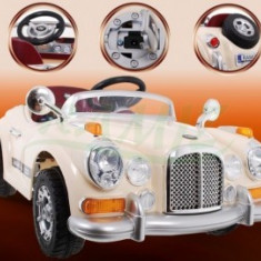 Masina de Epoca cu acumulator - Crem - Masinuta electrica copii