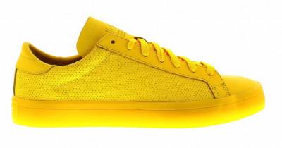Adidasi Adidas Court Vantage Adicolor marimea 42 foto