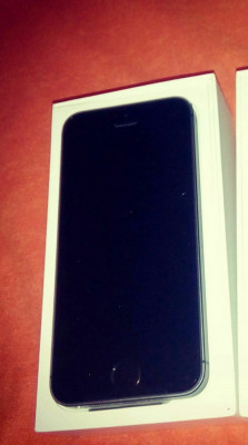 Vând iPhone 5S nou foto