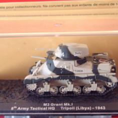 Macheta tanc M3 Grant - Tripoli - 1943 scara 1:72 - Macheta auto