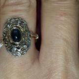 Inel din aur de 14 k,cu safir central!
