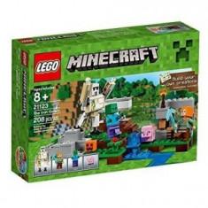 LEGO Minecraft™ Golemul de fier, 208pcs - LEGO City