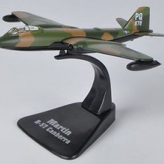 Macheta avion Martin B-57G Canberra scara 1:144 - Macheta Aeromodel