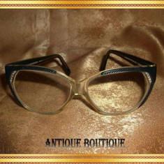 Ochelari retro vintage Balenciaga Cats Eyes si Swarovsky