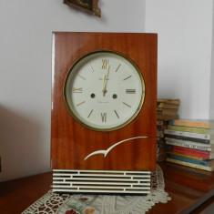 Pendula, ceas de perete, semineu, rusesc, IANTAR 1970, cu garantie, returnabil