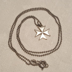 Medalion argint CRUCE de MALTA finut vintage splendid pe Lant argint