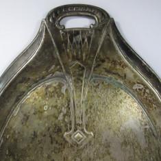 C Faras vechi pentru masa din metal argintat Secession, Art Nouveau, marcat, Zaharnita