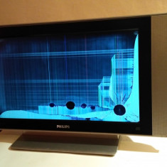 TV LCD 23 INCH PHILIPS CU DISPLAY CRAPAT - Televizor LCD Philips, 58 cm, HD Ready, Intrare RF: 1, Scart: 1, DVI: 1