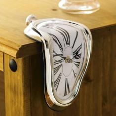 Ceas DALI - timpul se topeste