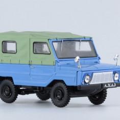 Macheta Luaz-969 Container truck Masini de Legenda Rusia 1:43 - Macheta auto