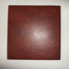 ALBUM PENTRU MONEDE CU 5 FOLII - album clasor