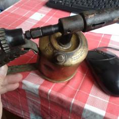 LAMPA  CU GAZ VECHE -FIRMATA