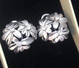 Cercei eleganti clips- placati cu aur alb 18K  si cristale SWAROVSKI +CUTIE