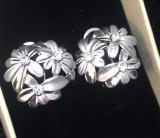 LICHIDARE-Cercei eleganti clips- placati cu aur alb 18K  si cristale SWAROVSKI