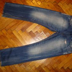 Blugi MUSTANGNEW OREGON-Marimea W34xL32 (talie-90cm,lungime-102 cm)