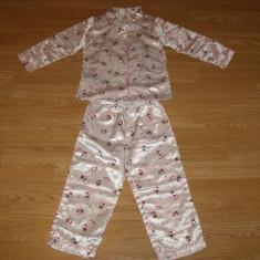 Pijama hello kitty pentru copii fete de 3-4 ani de la h&m sanrio, Marime: Masura unica, Culoare: Din imagine