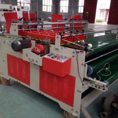Masina semi-automata de lipit si presat carton