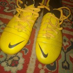 Ghete de fotbal cuie !!!! - Ghete fotbal Nike, Marime: 40, Culoare: Galben