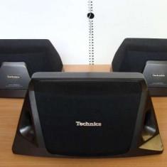 Sateliti + centru Technics