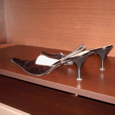 Pantofi dama - Pantof dama Prada, Culoare: Negru, Marime: 38