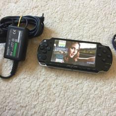 PSP Sony SLIM MODAT cu card 4GB 50 JOCURI PSP Sony+1000 jocuri nintendo(Mario)STARE BUNA