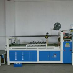Masina semi-automata de lipit si pliat carton