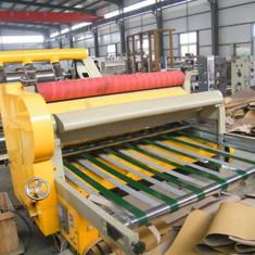 Masina computerizata de taiat carton