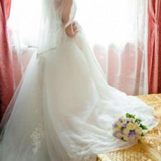 Rochie de mireasa ( potrivita si pentru mireasa gravida)