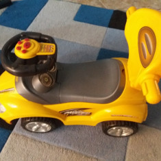 Masinuta pentru copii MegaCar