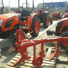 Plug nou, simplu cu 3(2+1) Brazde pt tractor 45-65CP - Utilaj agricol