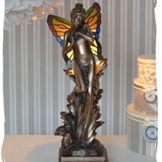 LAMPA TIFFANY CU UN ELF, Lampi