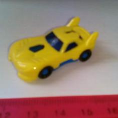 bnk jc Surpriza Kinder - masinuta FF028