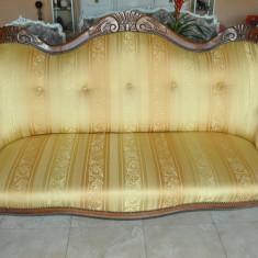 VECHE CANAPEA DE TREI LOCURI STIL LOUIS FELIPPE / RETAPITATA RECENT, Sufragerii si mobilier salon, Louis XIII, XIV, XV, XVI, 1900 - 1949