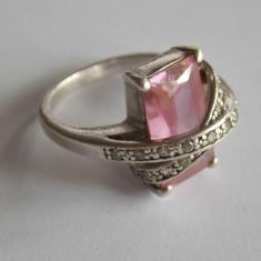 Inel de argint cu zirconiu roz -269 - Inel argint