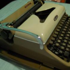 Masina de scris TRIUMPH GABRIELE