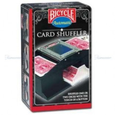 Aparat de amestecat carti, cu motor. Bicycle - Masa de joc poker