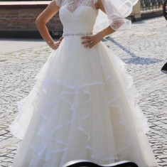 Rochita de mireasa (bonus Crinolină) - Natalia Vasiliev, Rochii de mireasa printesa