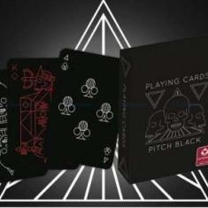 Carti poker Cartamundi Pitch Black, carti negre cu 2 standard index