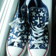 Tenisi Originali Converse albastri cu stelute - Tenisi dama Converse, Culoare: Albastru, Marime: 39