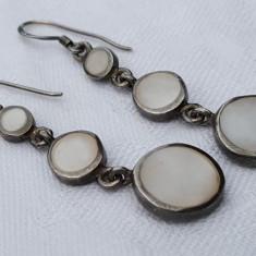 Cercei argint TRIBALI cu SIDEF tip LACRIMA de efect VECHI vintage - Bijuterie veche