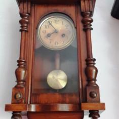 Ceas de perete cu pendula 1890