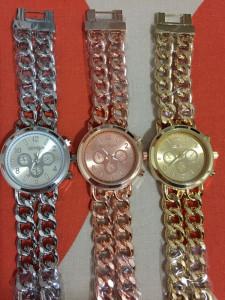 NOU Ceas de dama metalic tip lant rose gold bratara metalica GENEVA cutie cadou