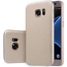 Husa Samsung Galaxy S7 spate Nillkin Gold - Husa Telefon Nillkin, Plastic, Carcasa