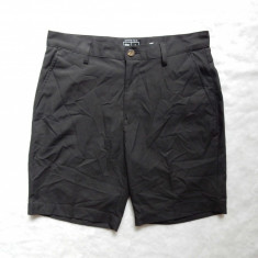 Pantaloni scurti Adidas Stretch ClimaCool; marime 32: 82 cm talie, 51 cm lungime