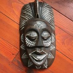Masca deosebita arta africana din lemn cu desene tribale !!! - Arta Etnografica